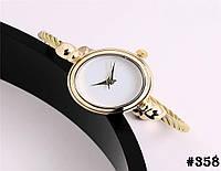 Женские кварцевые наручные часы / годинник золотистого цвета с металическим браслетом (358)