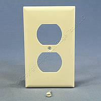 Нейлоновая накладка для розеток американского стандарта Cooper ( одна двойная , цвет - миндаль ), фото 1