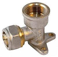 Угол настенный для металлопластиковой трубы Forte 16*1/2