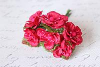 Цветы магнолии для скрапбукинга диаметр 4 см, 6 ш/уп., малинового цвета, фото 1
