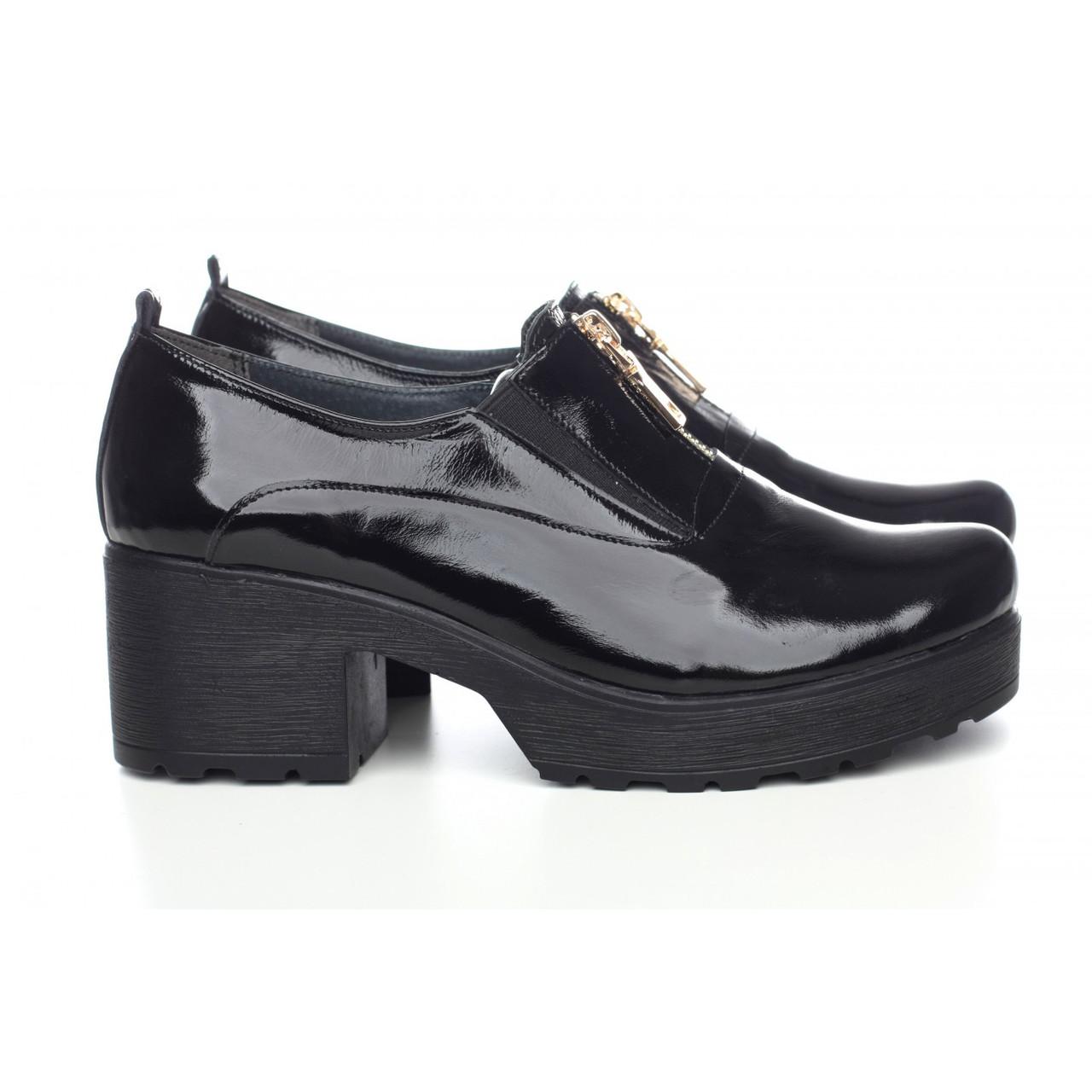 Лаковые туфли спереди на молние