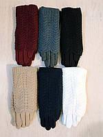 Женские перчатки с вязкой