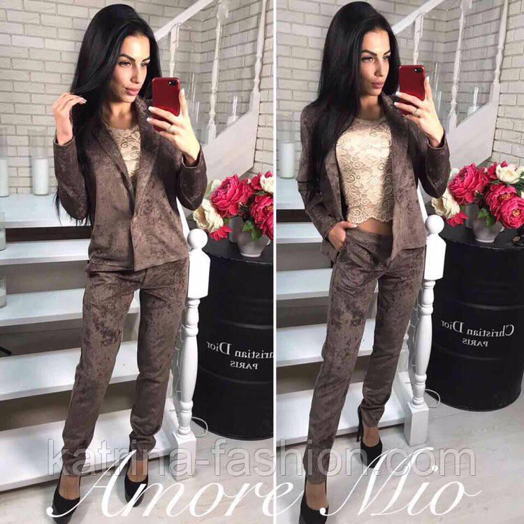 Женский вельветовый костюм: пиджак и брюки