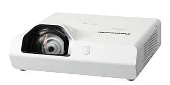 Проектор короткофокусный Panasonic PT-TX310E Видеопроектор