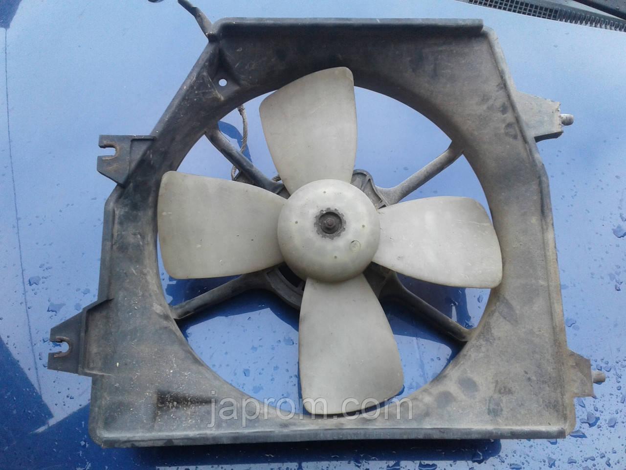 Вентилятор (диффузор) радиатора Mazda 323 BJ 1997-2002г.в. 2.0 дизель