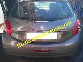 Хром планка над номером (нерж) - Peugeot 208