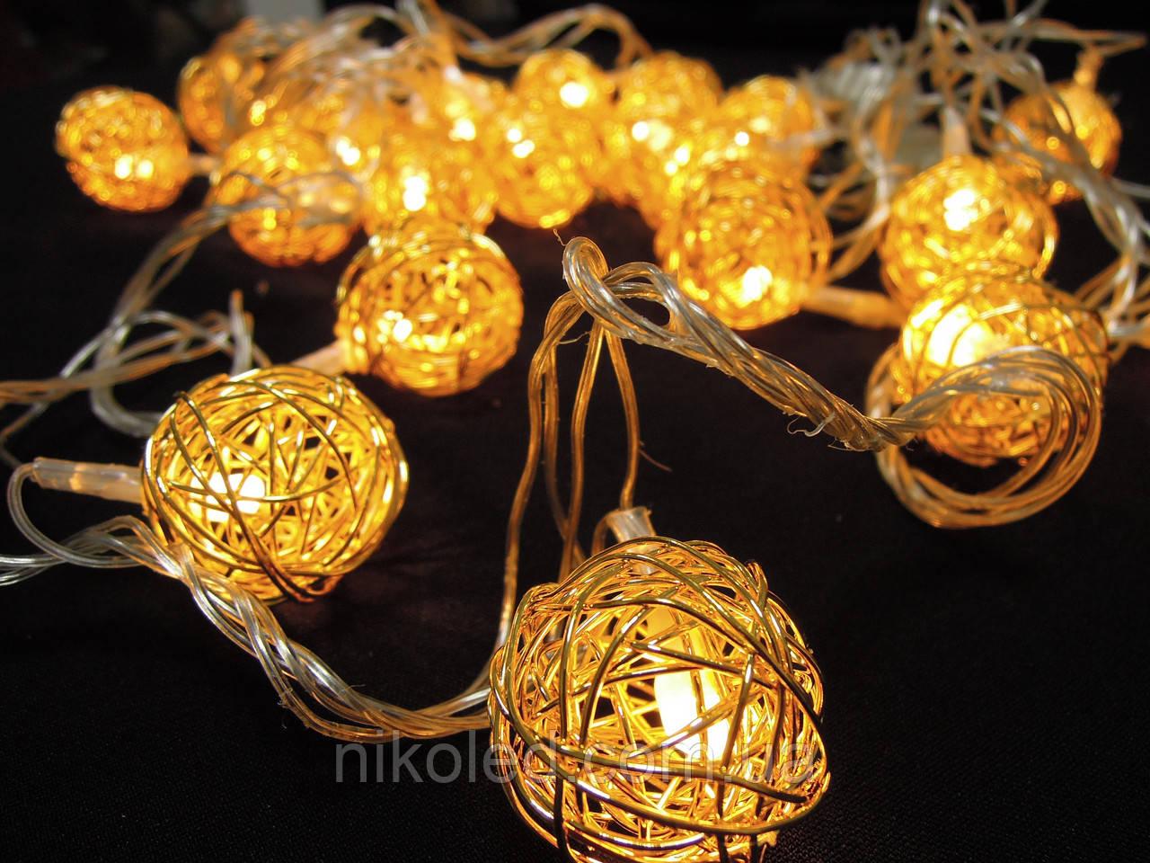 Светодиодная гирлянда Золотые шарики внутренняя 20 led