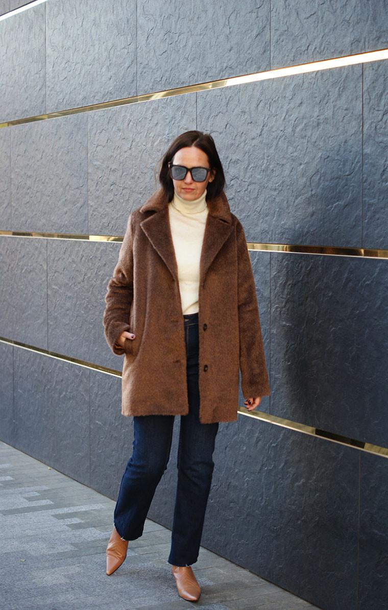 Женское зимнее пальто утепленное, женское пальто из шерсти с длинным ворсом. Жіноче зимове пальто.