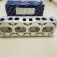 Головка блока Газель,УАЗ дв.4216,4213 инжектор с клапанами, прокладкой и крепежами (ЕВРО-3) (пр-во УМЗ)