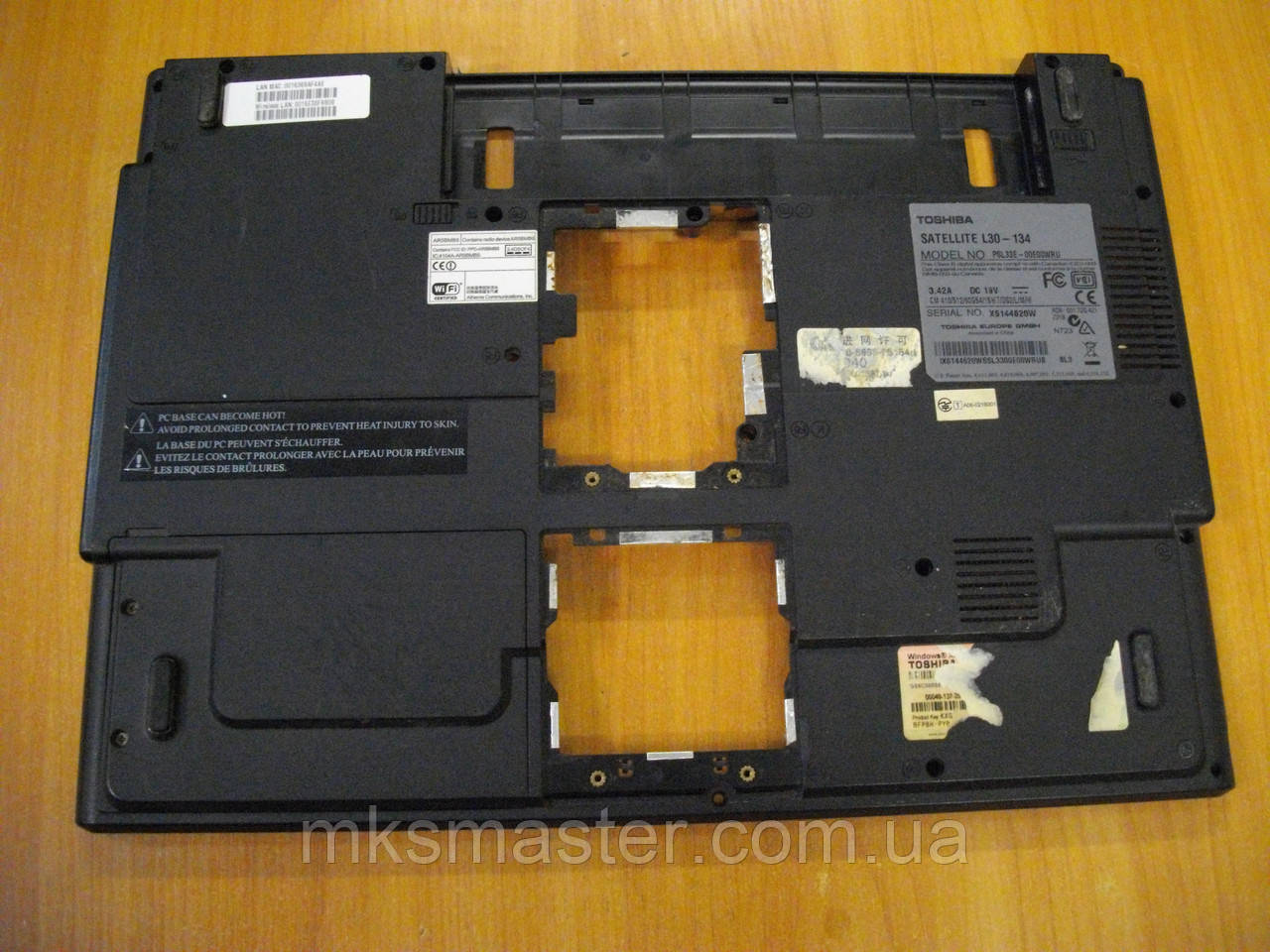 Корпус низ Нижня частина корпусу Toshiba L30-134 PSL33E-00E00WRU бу