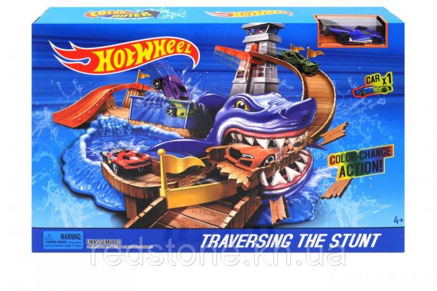 """Трек Автомойка Hot Wheel """"Нападение Акулы"""" машинка меняет цвет 5779"""