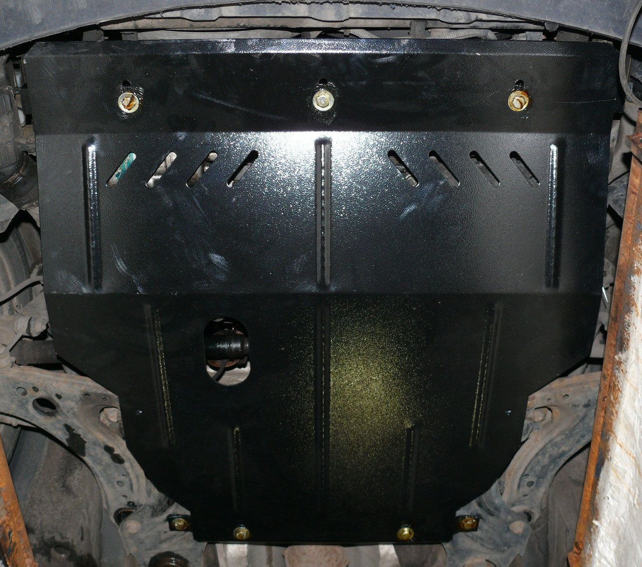 Защита картера (двигателя) и Коробки передач на Хендай Лантра 2 (Hyundai Lantra II) 1995-2000 г