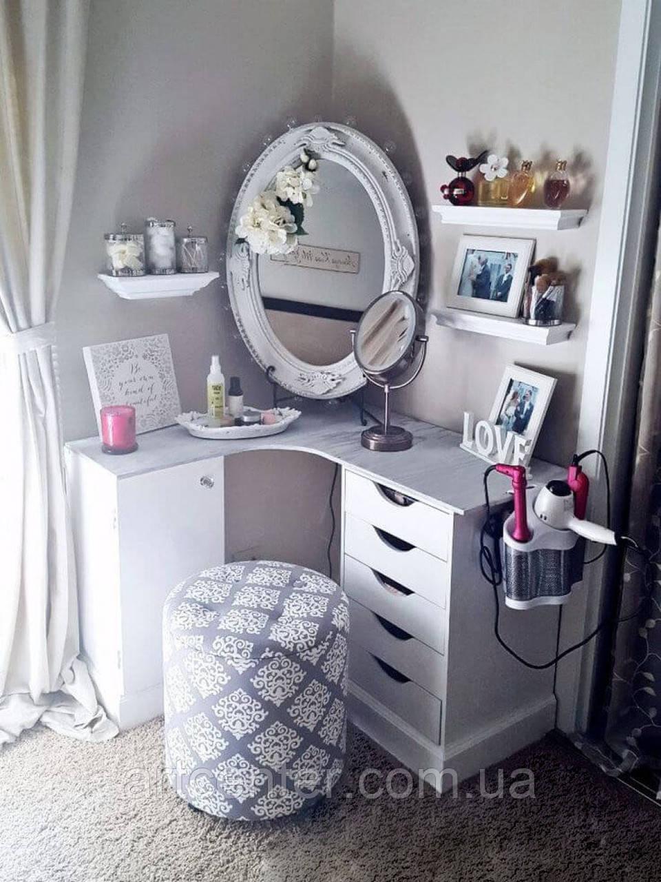 Угловой туалетный стол, косметический стол