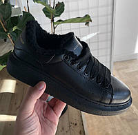 7789ef808525 Женские зимние кроссовки Adidas Alexander McQueen Oversized Sneaker All  Black FUR. Живое фото (Реплика