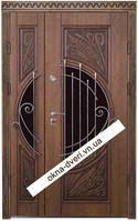 Элитные полуторные двери с патинированием