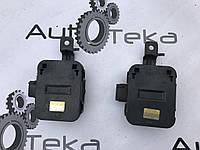 Блок управління вентилятором охолодження Lexus LS430 (UCF30) 88898-50020 176900-0040, фото 1
