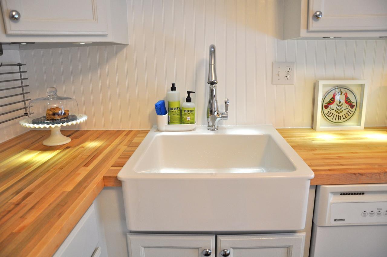 Кухонная накладная керамическая мойка IKEA Domsjo 1 (белый)