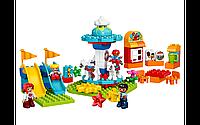 Конструктор LEGO DUPLO Семейный парк аттракционов (61 деталь), фото 1