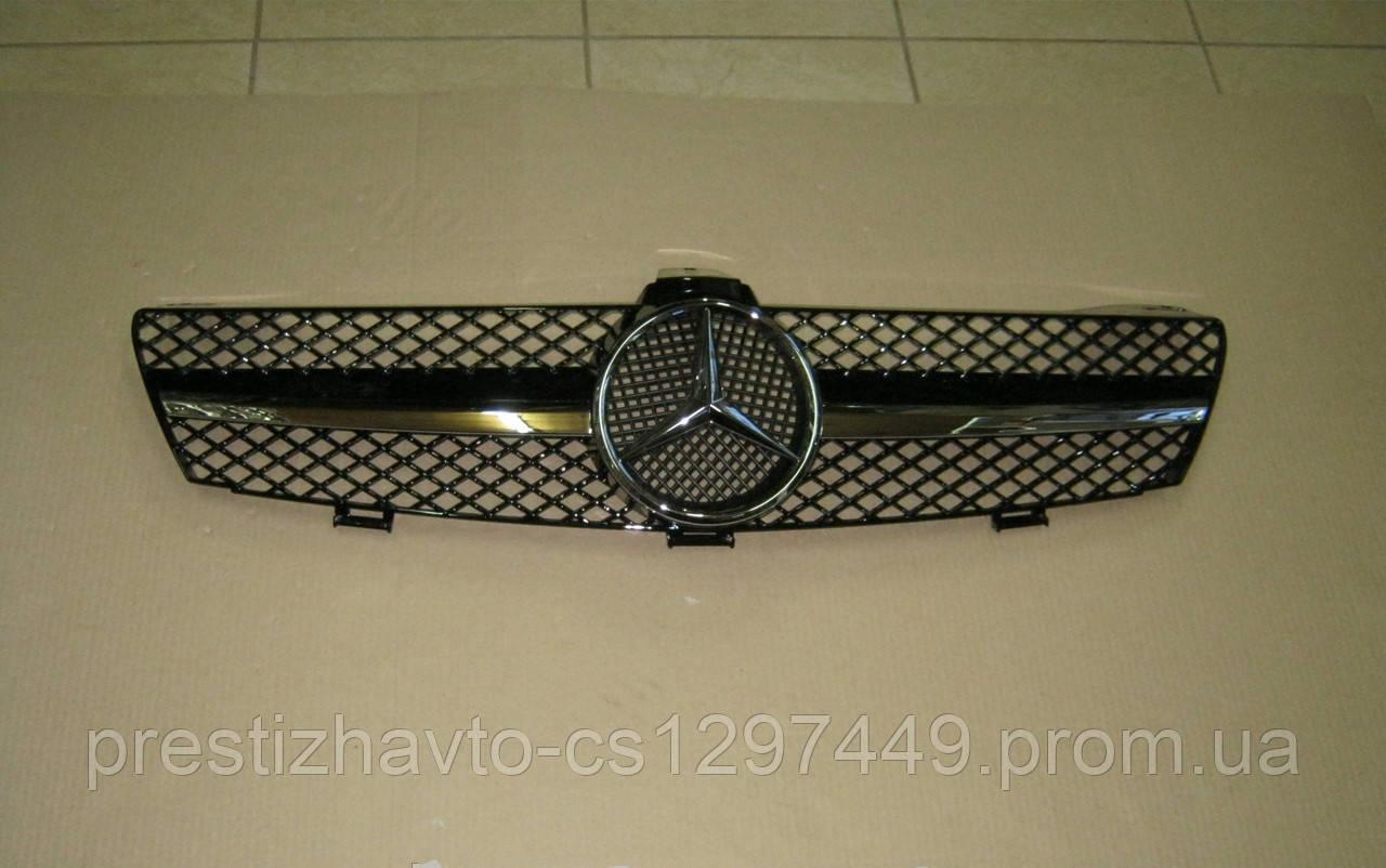 Решетка радиатора на Mercedes CLS W219 (2005-2007)