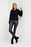 Модные женские кожаные брюки темно-зеленые