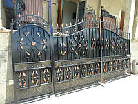 Ворота кованые глухие