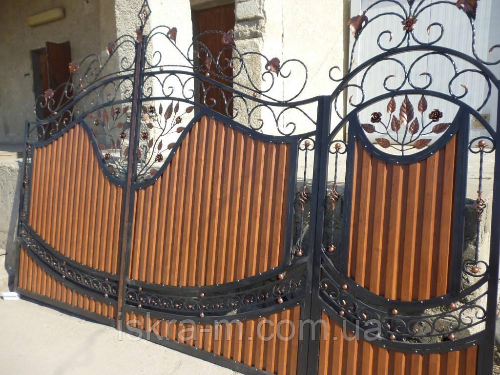 Ворота кованые полупрозрачные