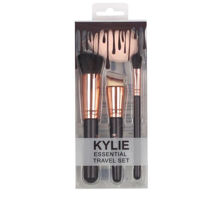 Набор кистей Kylie Essential Travel (3 шт + спонж)
