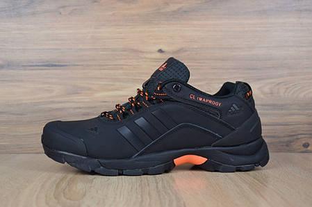 37c31ac8 Мужские кроссовки на меху Adidas Climaproof низкие черные с оранжевым топ  реплика , фото 2