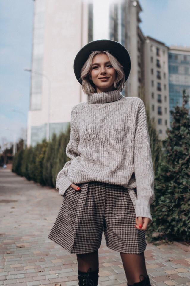 """Вязаный свитер """"Городок"""",30% шерсть,30% вискоза, 25% акрил,15% полиамид. Размер:42,44. Цвет: белый. (5254)"""