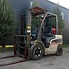Вилочный погрузчик газ/бензин 2.5 тонны Nissan P1F2A25D б/у