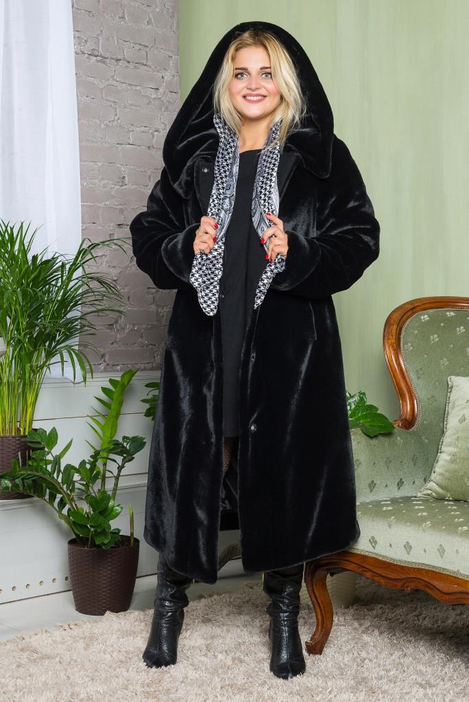 Длинная черная женская шуба под мутон