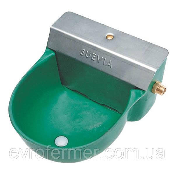 Пластиковая поилка для лошадей SUEVIA 130P