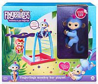 Интерактивная обезьянка Fingerlings с площадкой для игры