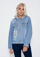 c8fc5524cc1c Голубая короткая джинсовая куртка с перфорацией, потертостями и съемным  серым капюшоном