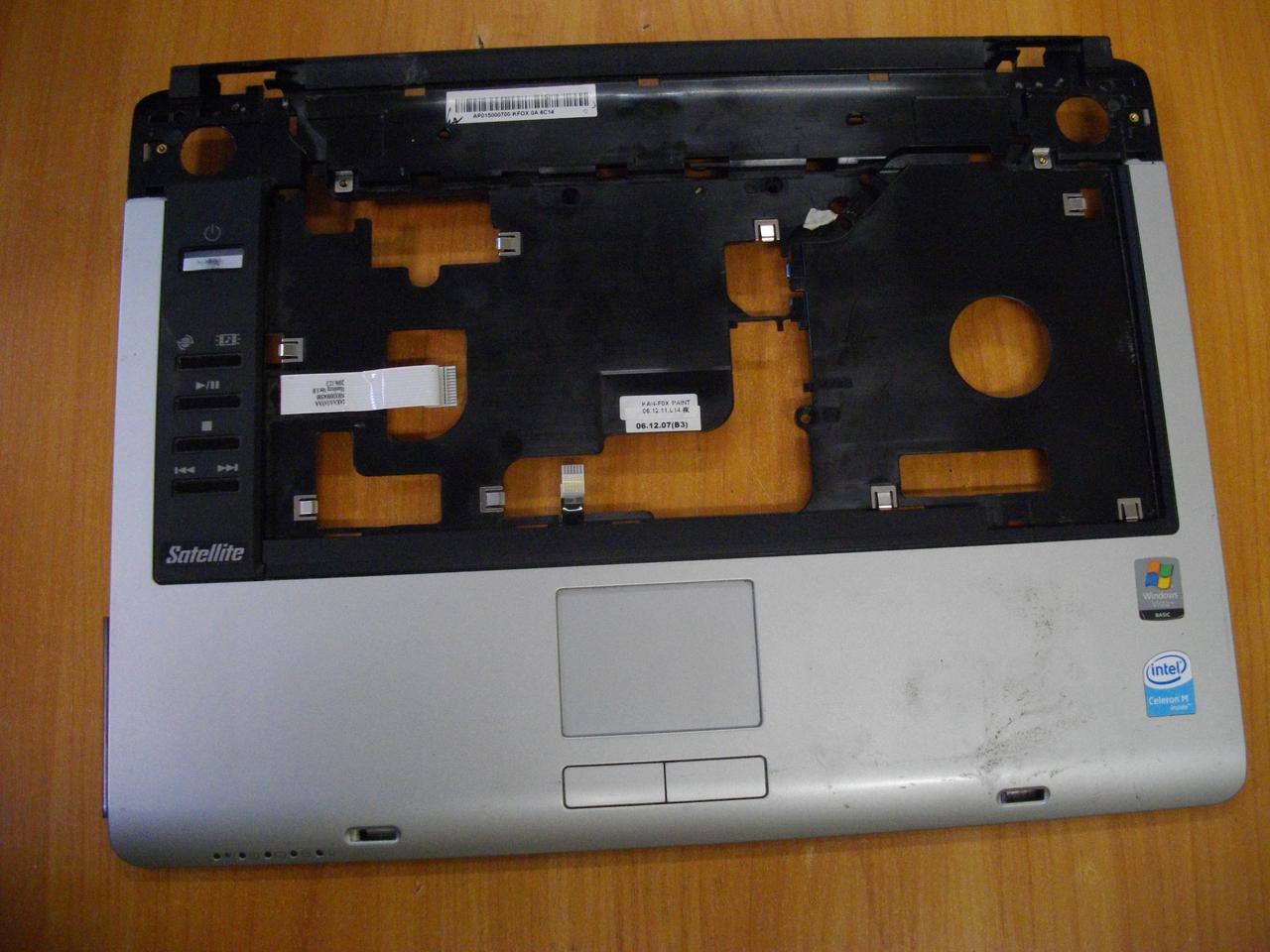 Корпус верх Верхня частина корпусу Toshiba Satellite A135 A135-S226 бу