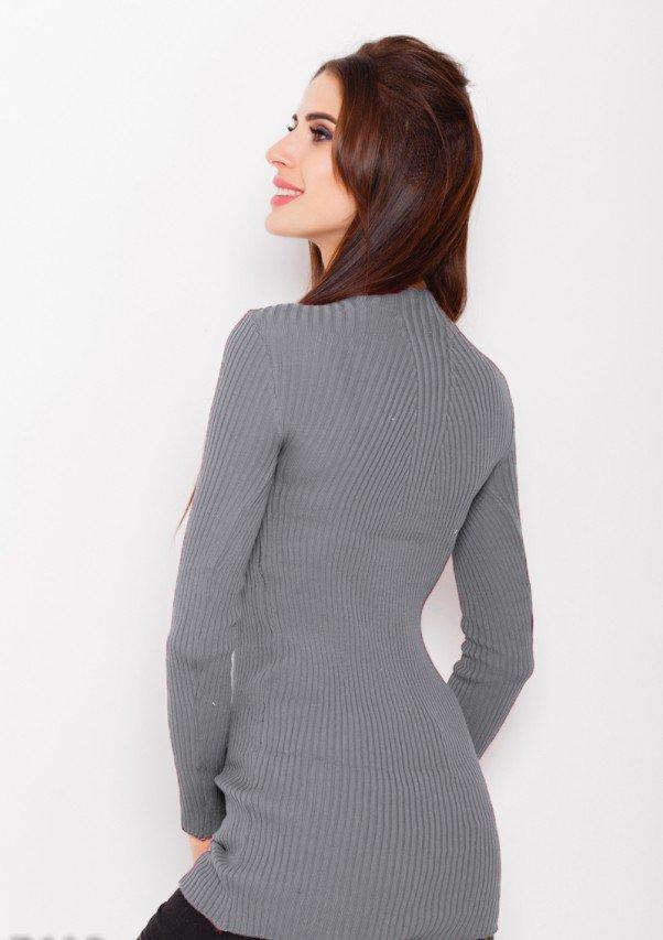 b35d05652c4 Серое платье из фактурного трикотажа с декоративной вязкой на горловине