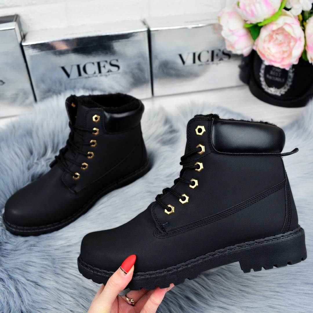 Черные зимние женские ботинки. Польша.