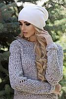 Стильная и модная шапка, белая