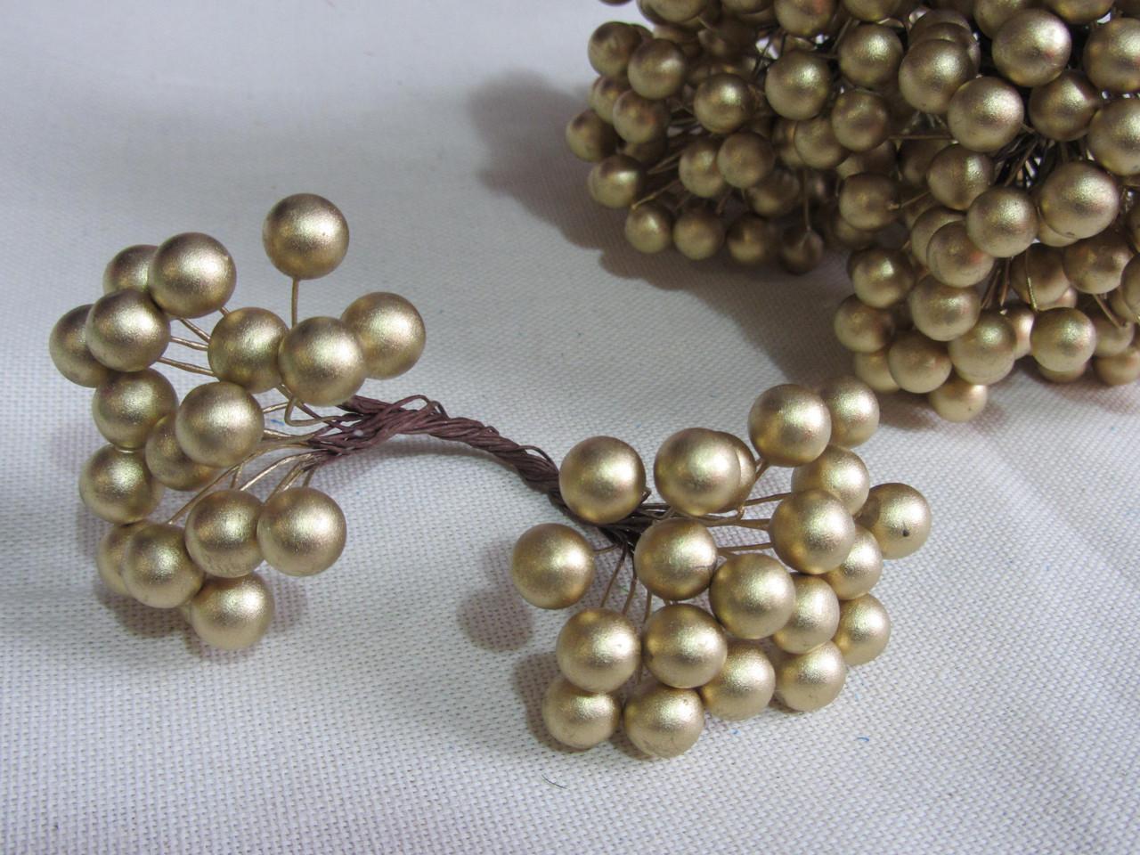 Ягодки золотые для декора и композиций, 28\22 (цена за 1 шт. +6 грн.)