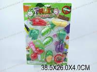 Набор игрушечных разрезных фруктов и овощей. Игровые муляжи овощей.
