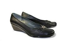 Женские кожаные туфли на танкетке Чёрные, фото 1