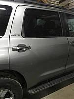 Задняя правая дверь Toyota Sequoia