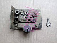 Замок с цилиндровым механизмом двери левой кабины ЮМЗ (с ключем) 45-6709000 А1 СБ
