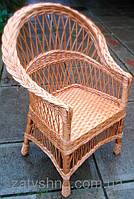 Кресло из лозы с низкой спинкой
