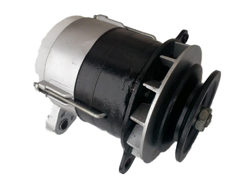 Генератор МТЗ-80,82,Т 150КС (СМД 14А,17,21) 14В 0,7 кВт (пр-во JOBs,Юбана)