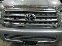Решетка радиатора (капота) Toyota Sequoia