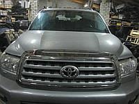 Капот Toyota Sequoia