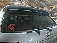 Стекло крышки багажника (ляды) Toyota Sequoia