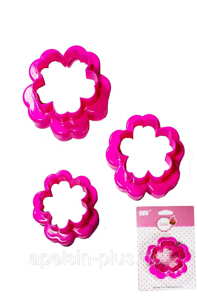 """Вырубка пластиковая для пряников и имбирного печенья """"Цветочки"""" набор из 3 двухсторонних форм"""