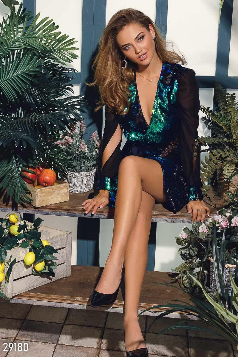d21376fdd2dee2e Женское вечернее платье на запах расшитое пайетками: продажа, цена в ...